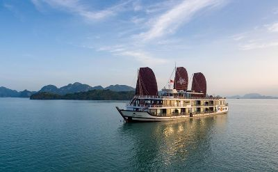 Azalea Cruise - Unique luxury Halong cruis