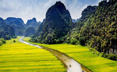 Hoa Lu - Tam Coc by limousine