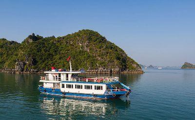 Luxury Estela Cruise discover Lan Ha bay